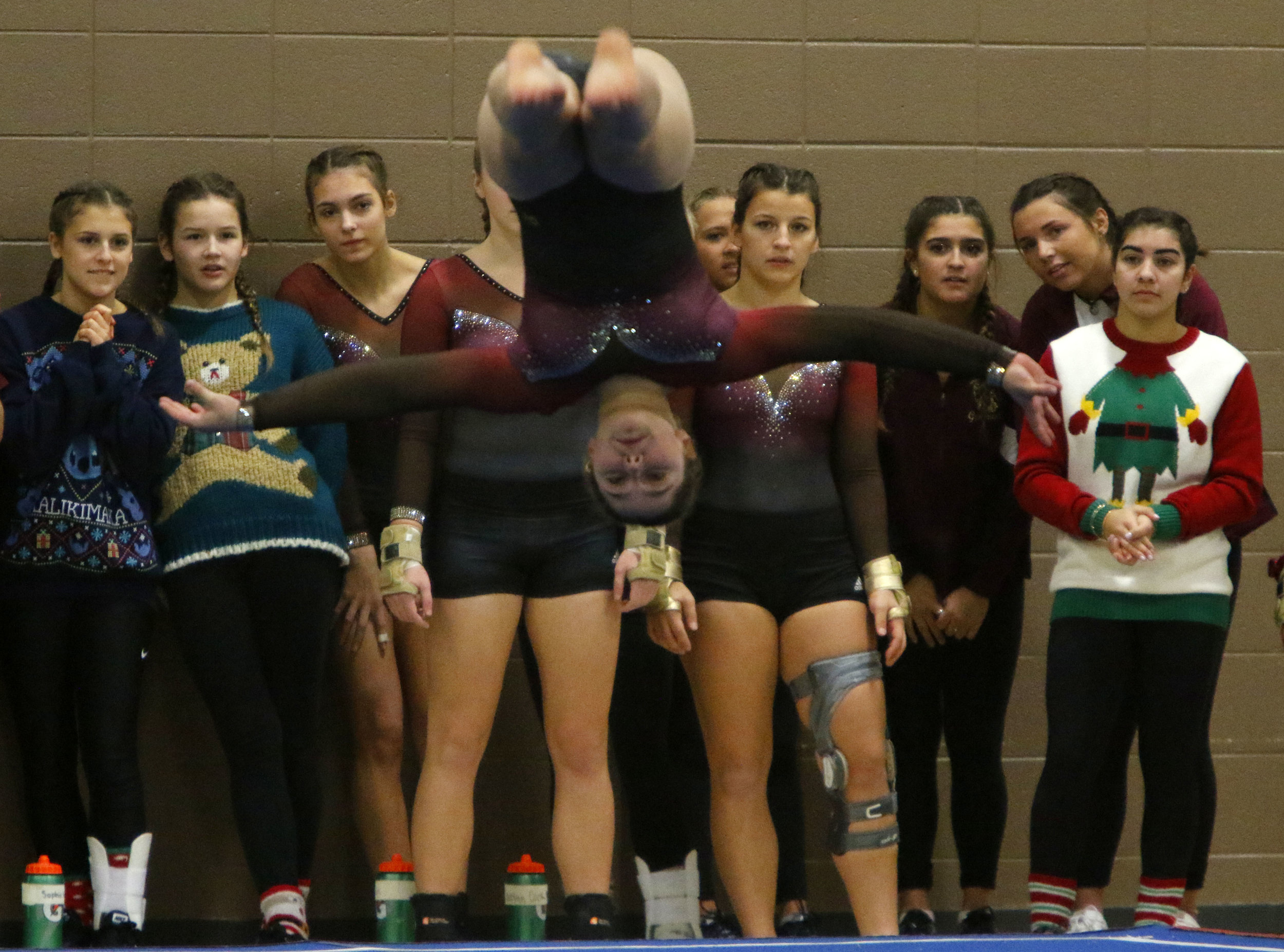 Chesterton's Paris Zybeck competes in the floor exercise at the LaPorte Pairs Invitational.