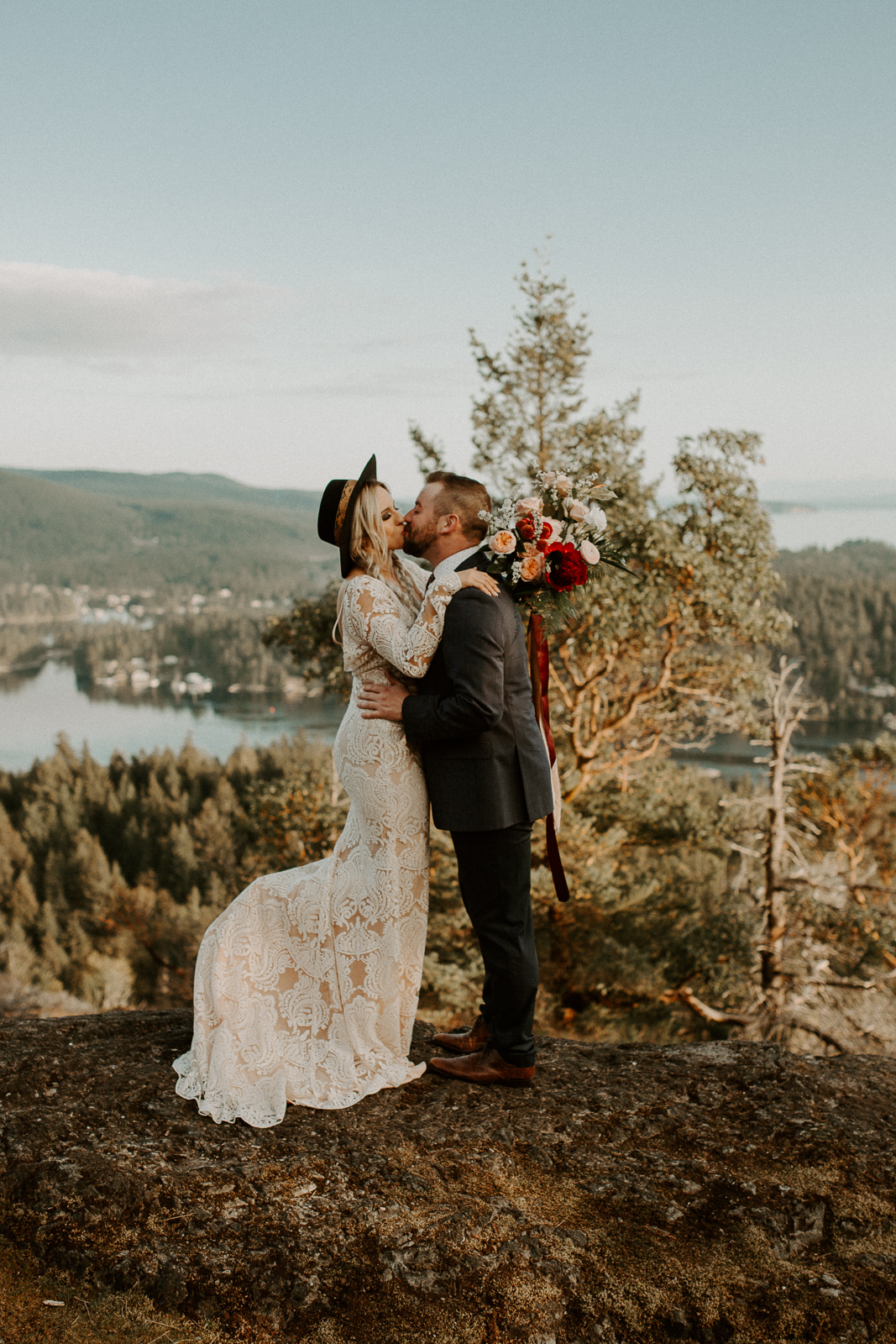Luke Lambertson Photo_BritishColumbia_Canada_AdventurousCouple_Elopement_IMG-7900.jpg