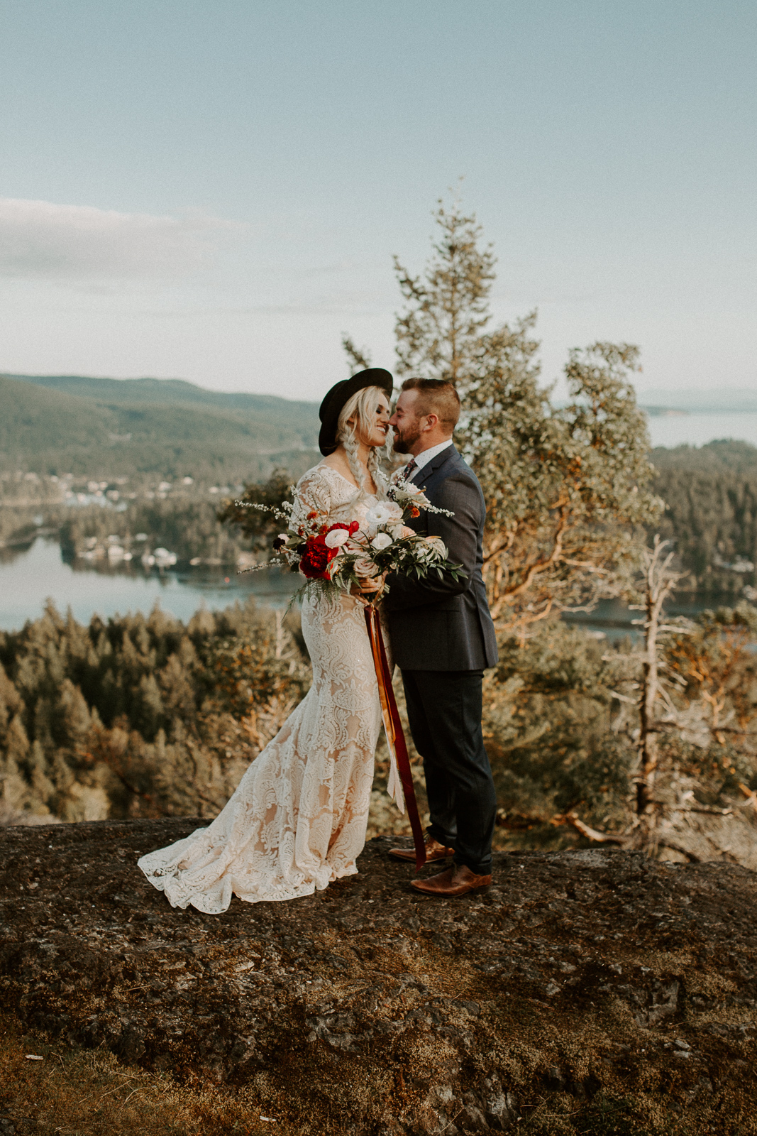 Luke Lambertson Photo_BritishColumbia_Canada_AdventurousCouple_Elopement_IMG-7906.jpg