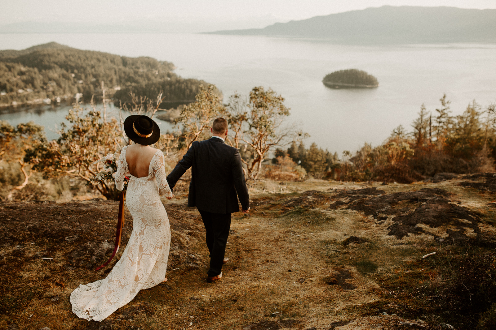 Luke Lambertson Photo_BritishColumbia_Canada_AdventurousCouple_Elopement_IMG-7921.jpg