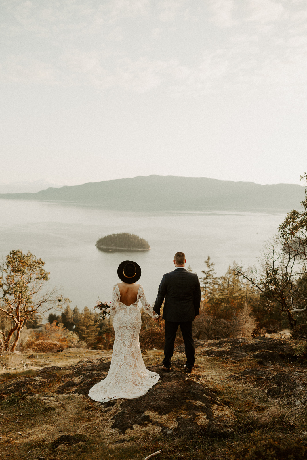 Luke Lambertson Photo_BritishColumbia_Canada_AdventurousCouple_Elopement_IMG-7928.jpg