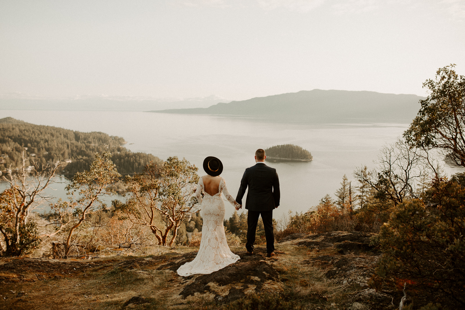 Luke Lambertson Photo_BritishColumbia_Canada_AdventurousCouple_Elopement_IMG-7929.jpg