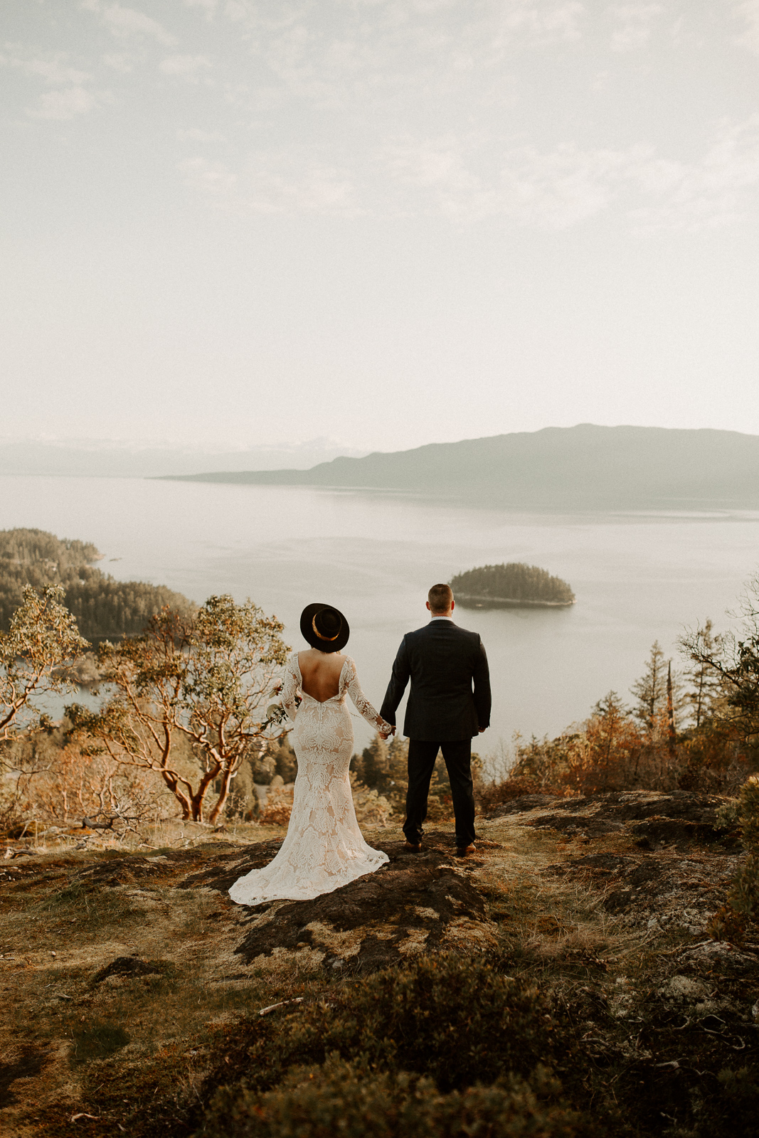 Luke Lambertson Photo_BritishColumbia_Canada_AdventurousCouple_Elopement_IMG-7933.jpg