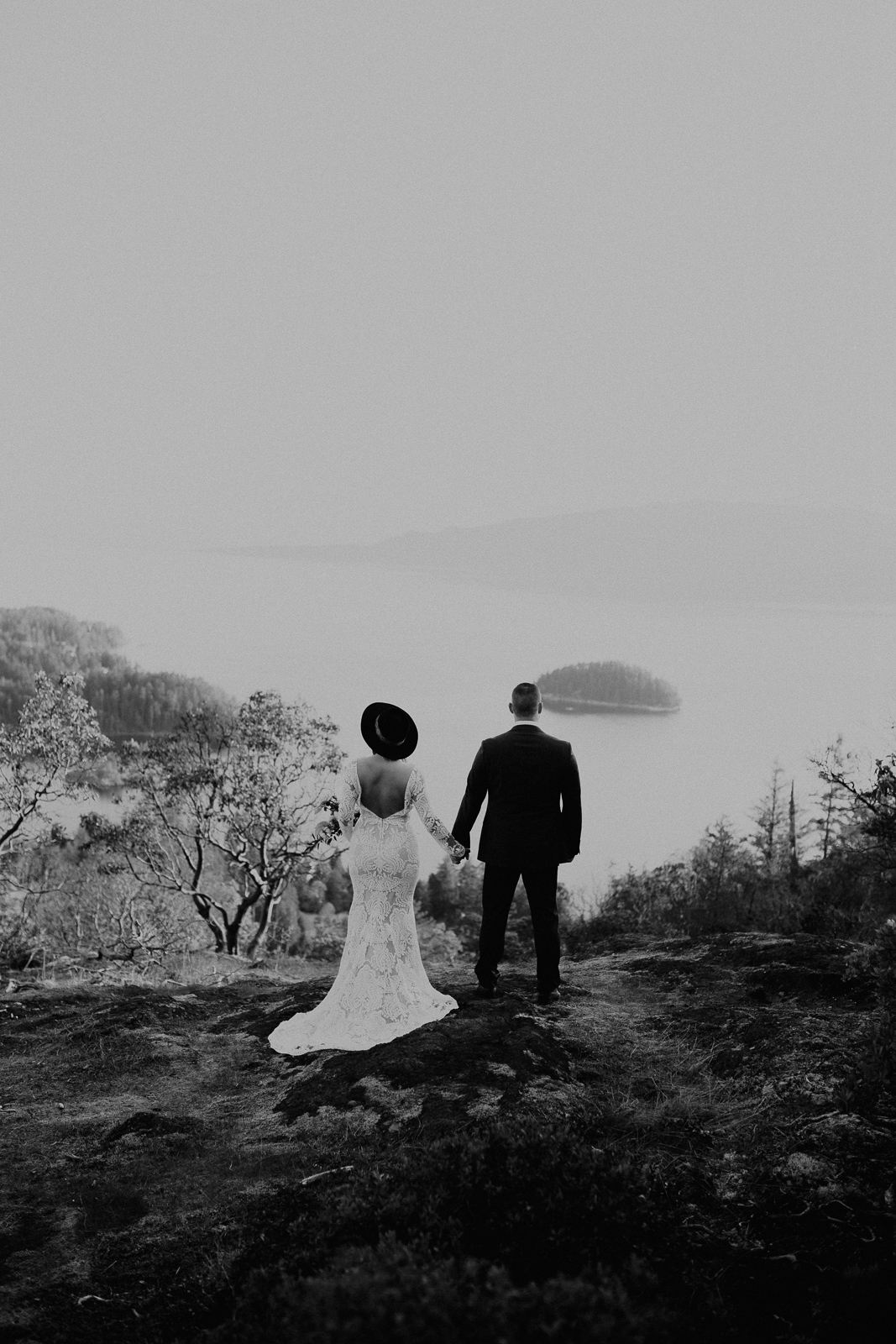 Luke Lambertson Photo_BritishColumbia_Canada_AdventurousCouple_Elopement_IMG-7935.jpg