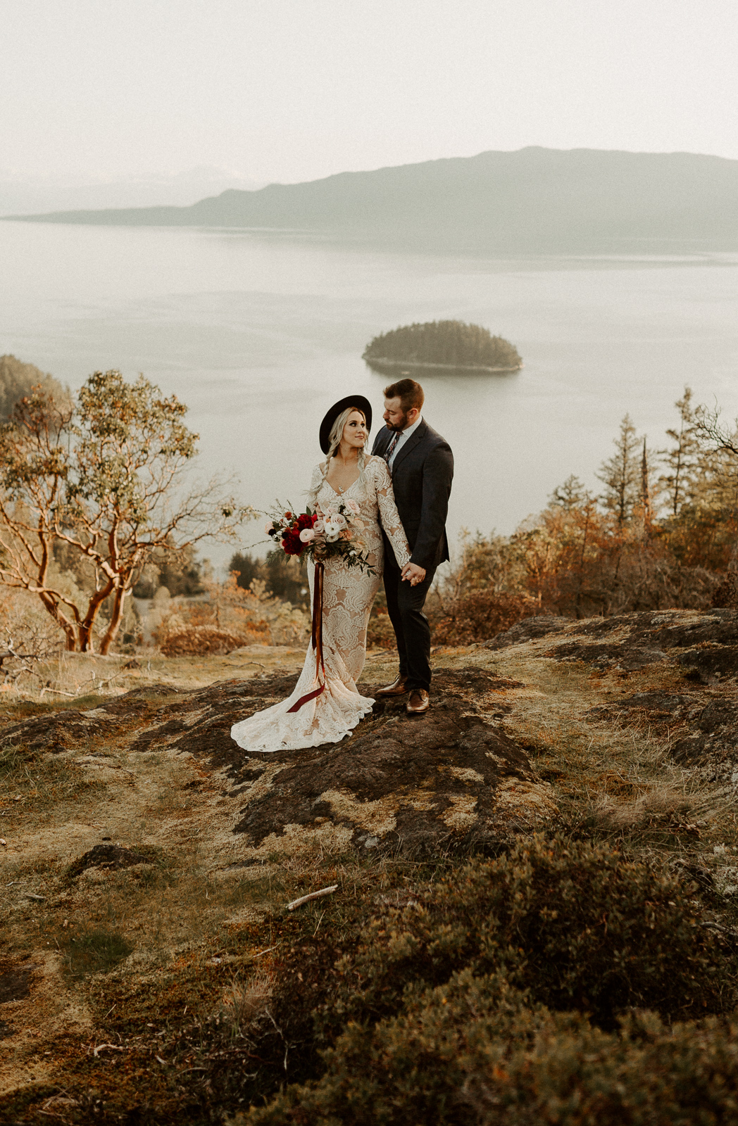 Luke Lambertson Photo_BritishColumbia_Canada_AdventurousCouple_Elopement_IMG-7938.jpg