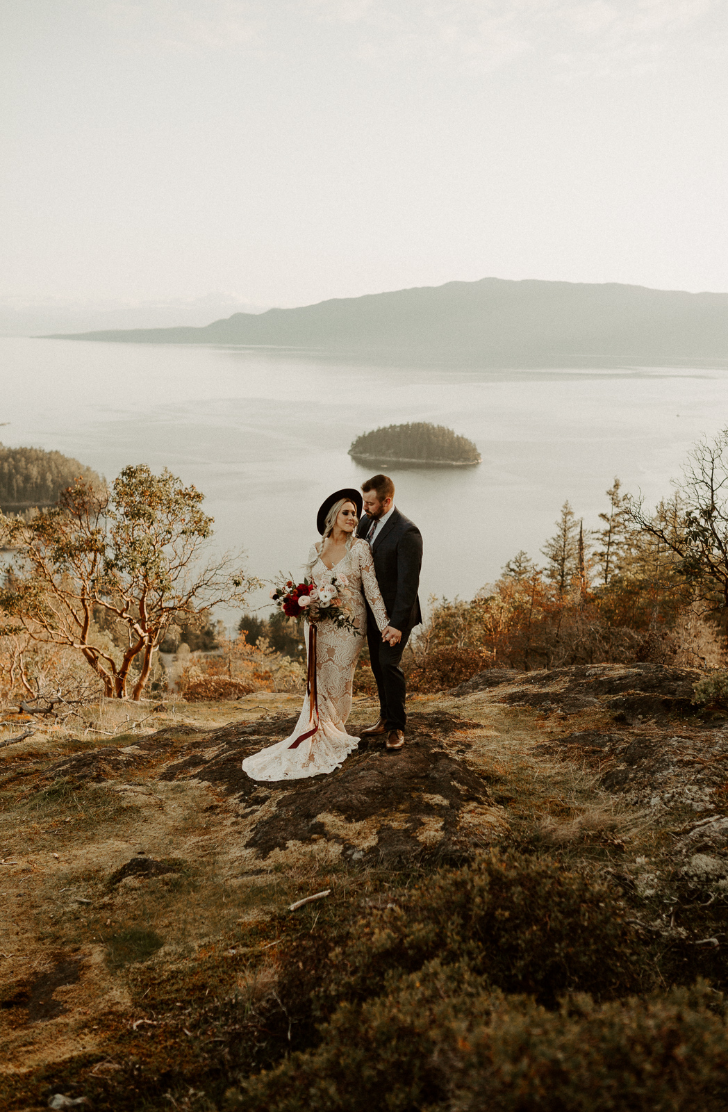Luke Lambertson Photo_BritishColumbia_Canada_AdventurousCouple_Elopement_IMG-7940.jpg
