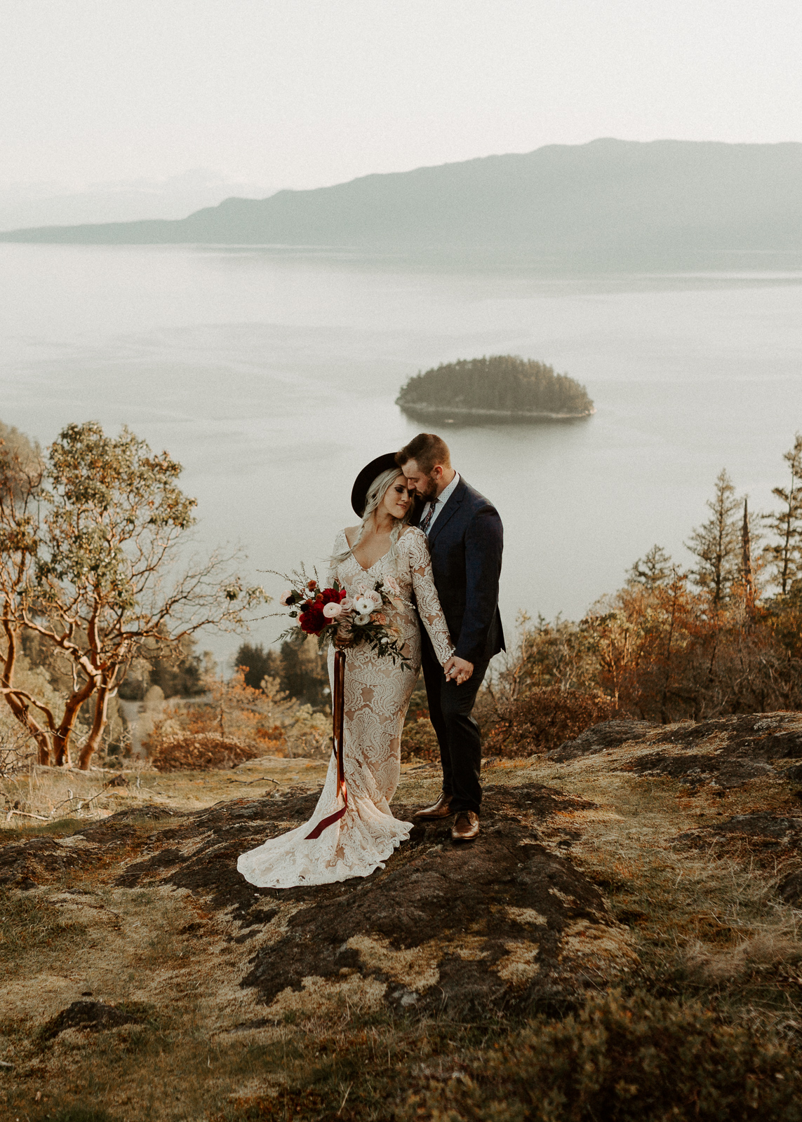 Luke Lambertson Photo_BritishColumbia_Canada_AdventurousCouple_Elopement_IMG-7944-2.jpg