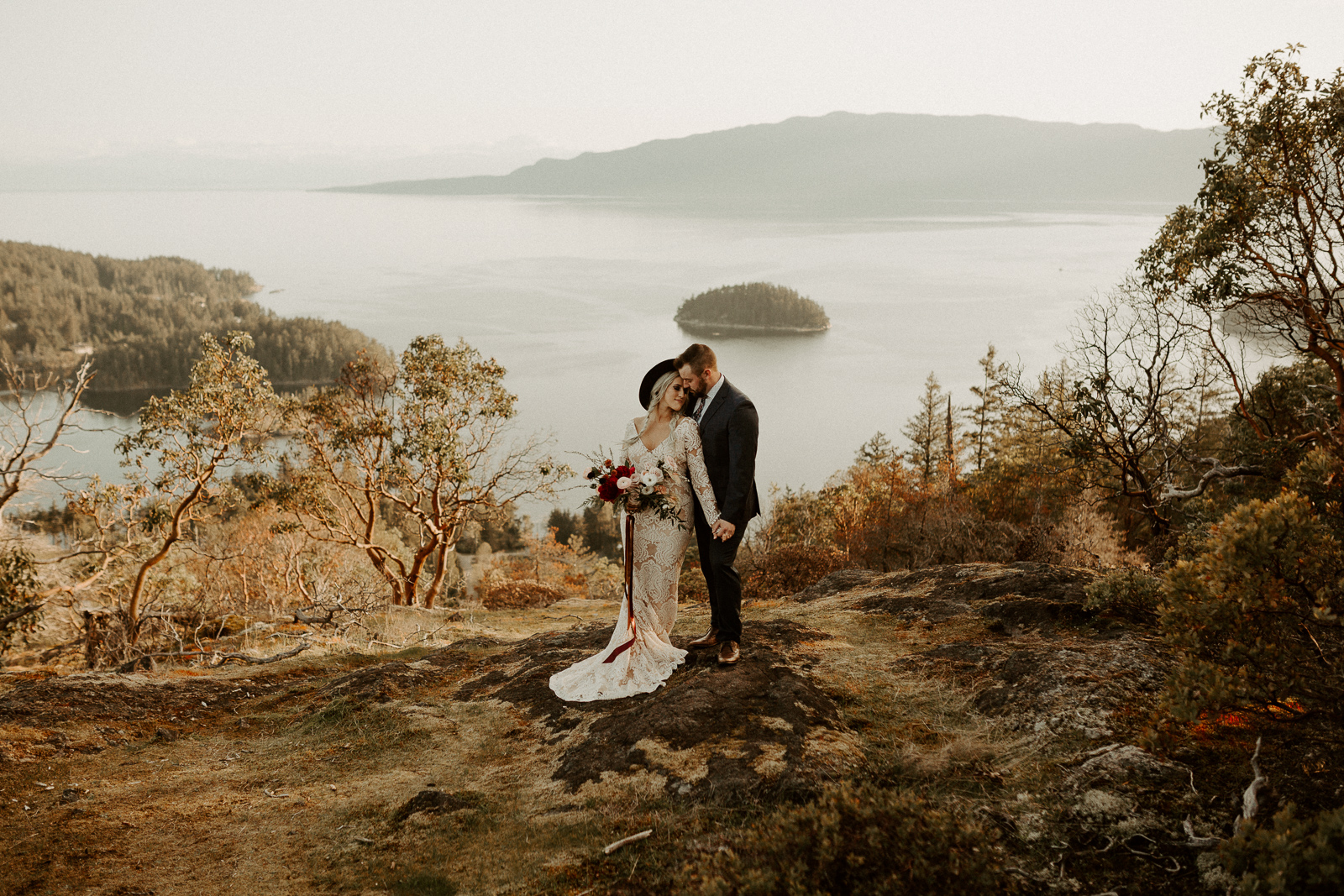 Luke Lambertson Photo_BritishColumbia_Canada_AdventurousCouple_Elopement_IMG-7944.jpg