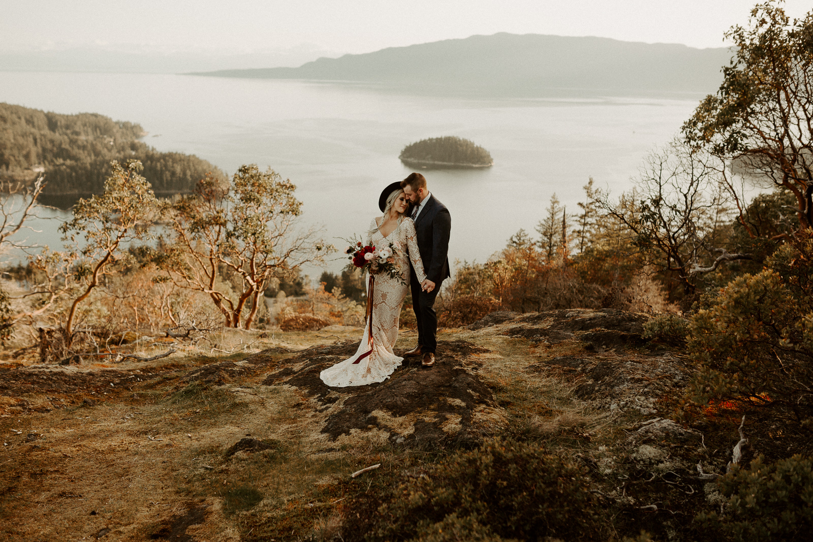 Luke Lambertson Photo_BritishColumbia_Canada_AdventurousCouple_Elopement_IMG-7946.jpg