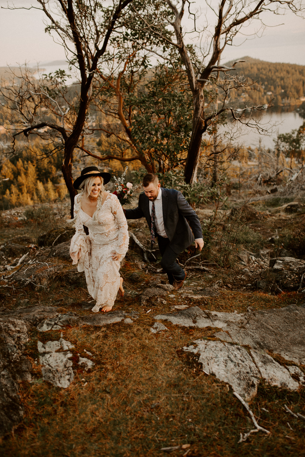 Luke Lambertson Photo_BritishColumbia_Canada_AdventurousCouple_Elopement_IMG-8337.jpg