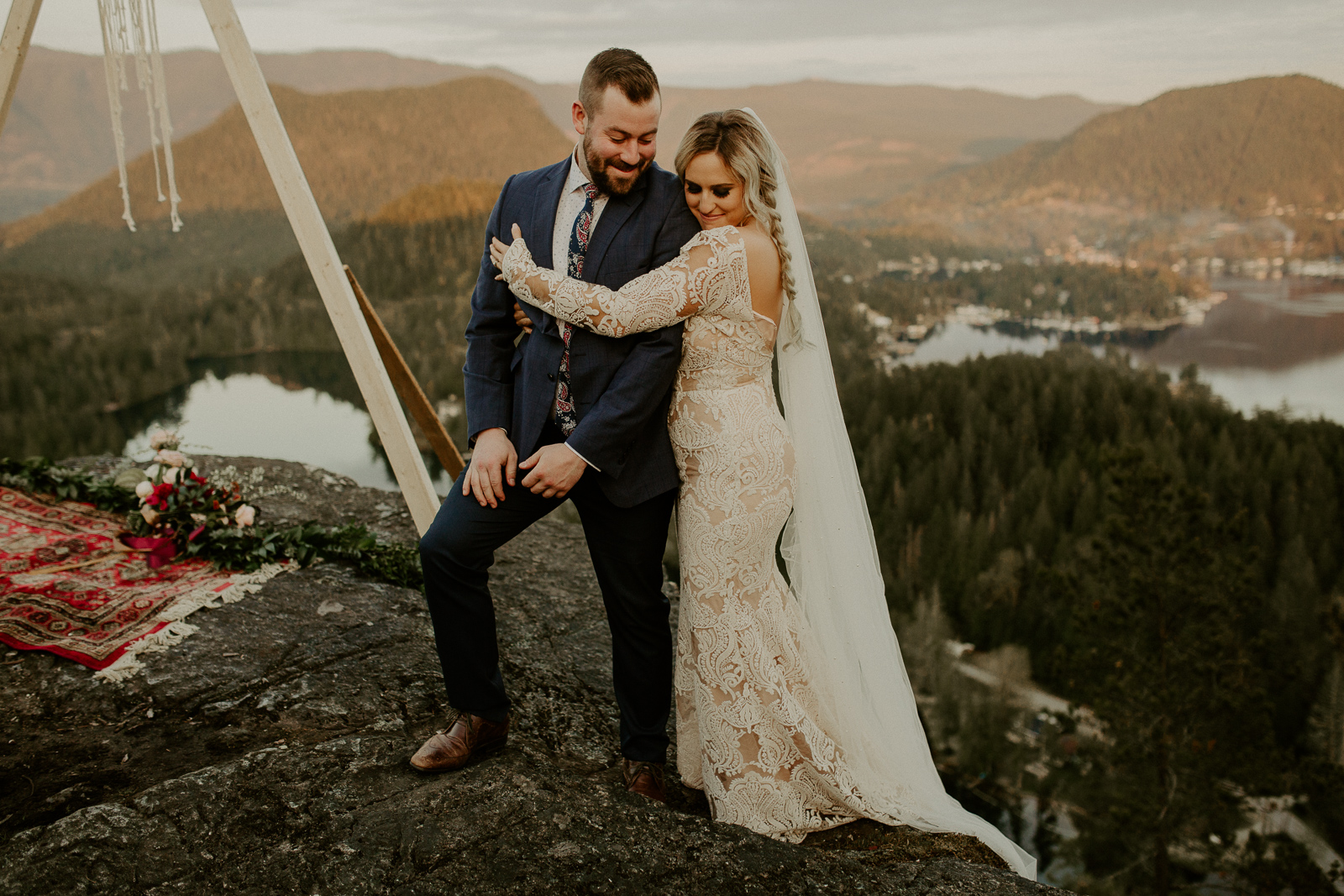 Luke Lambertson Photo_BritishColumbia_Canada_AdventurousCouple_Elopement_IMG-8452.jpg