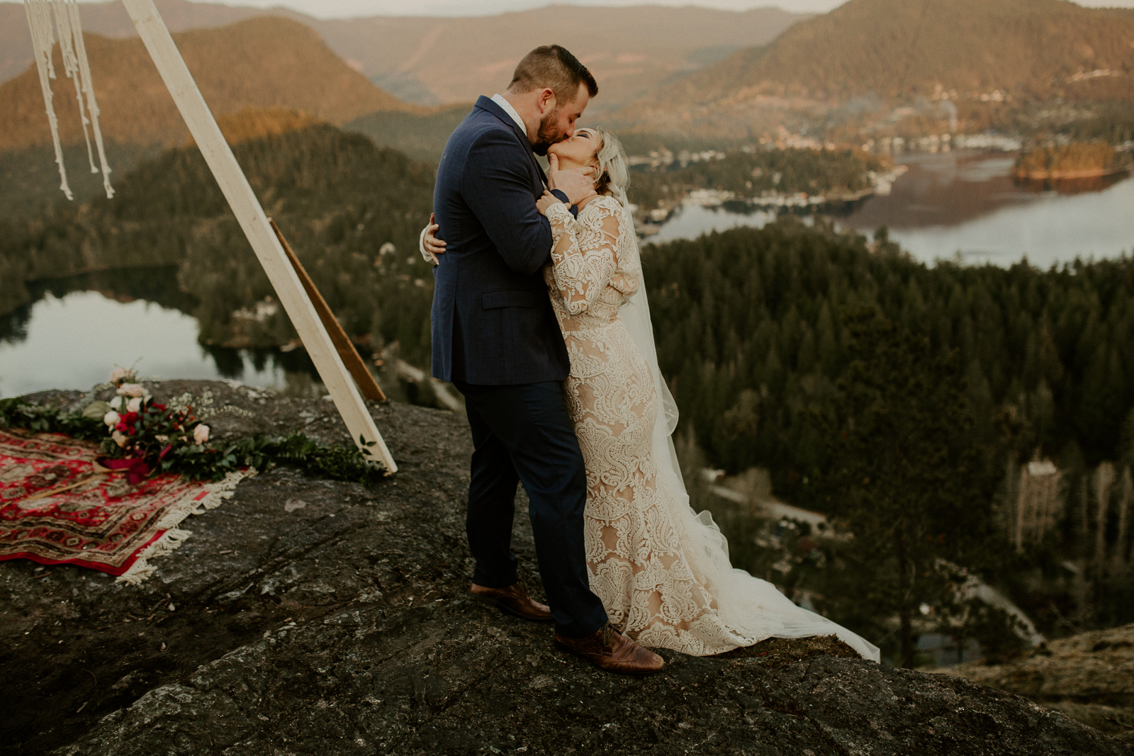 Luke Lambertson Photo_BritishColumbia_Canada_AdventurousCouple_Elopement_IMG-8461.jpg