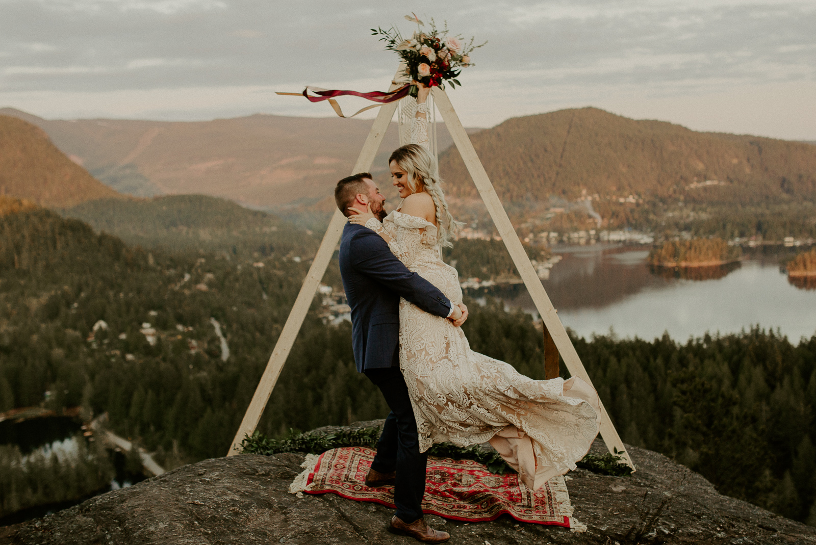 Luke Lambertson Photo_BritishColumbia_Canada_AdventurousCouple_Elopement_IMG-8534-2.jpg