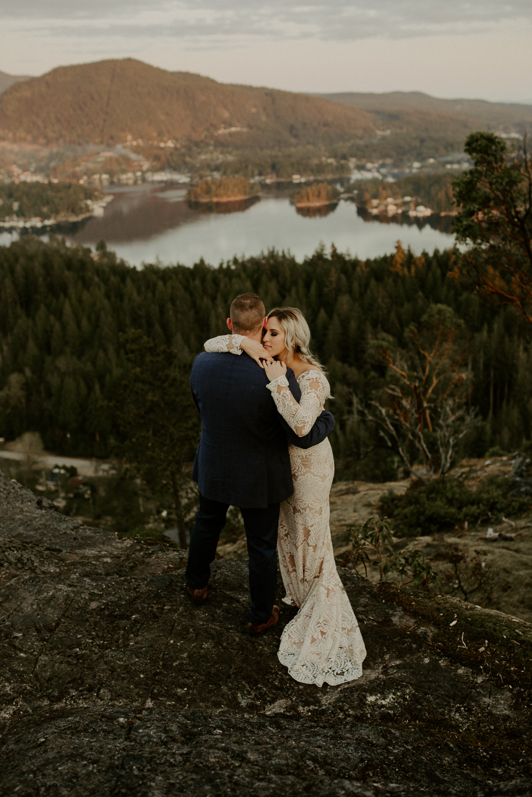 Luke Lambertson Photo_BritishColumbia_Canada_AdventurousCouple_Elopement_IMG-8542-2.jpg