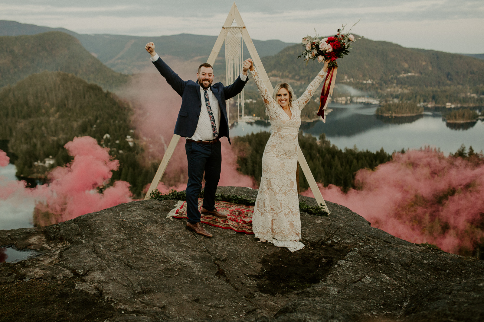Luke Lambertson Photo_BritishColumbia_Canada_AdventurousCouple_Elopement_IMG-8737.jpg