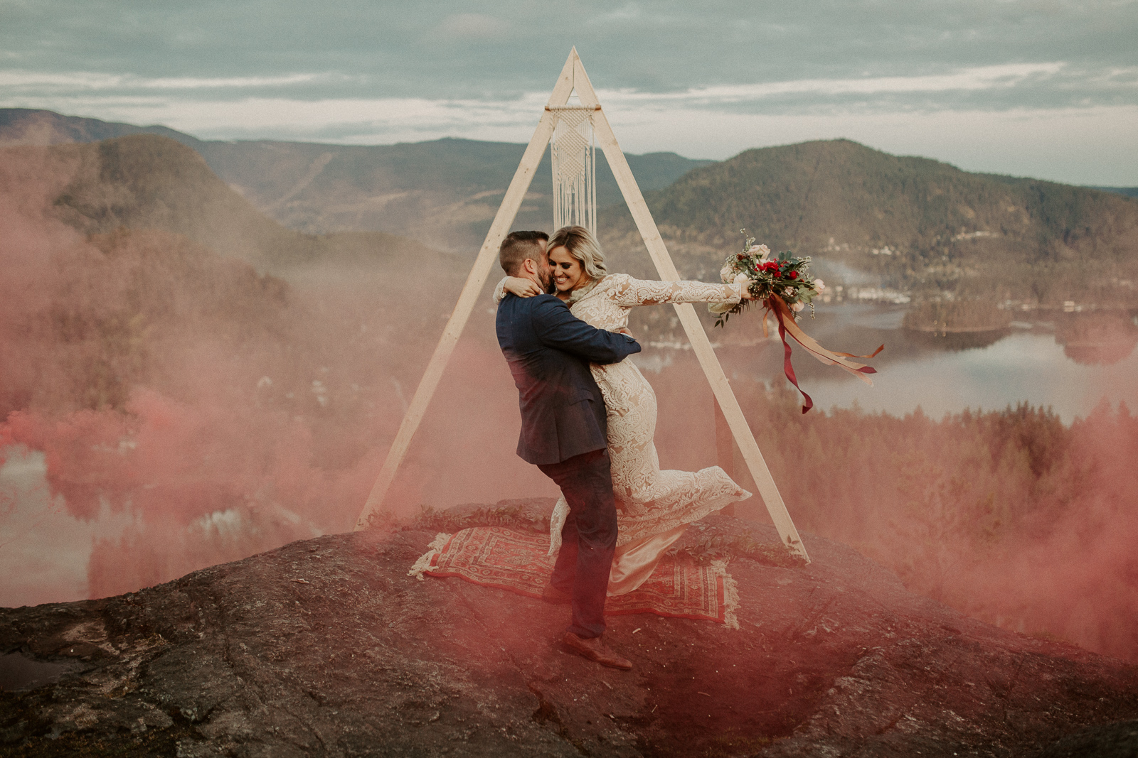 Luke Lambertson Photo_BritishColumbia_Canada_AdventurousCouple_Elopement_IMG-8748.jpg