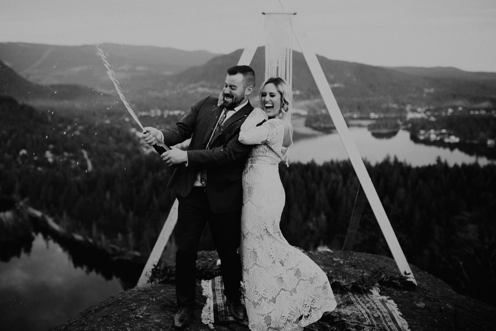 Luke Lambertson Photo_BritishColumbia_Canada_AdventurousCouple_Elopement_IMG-8777-2.jpg