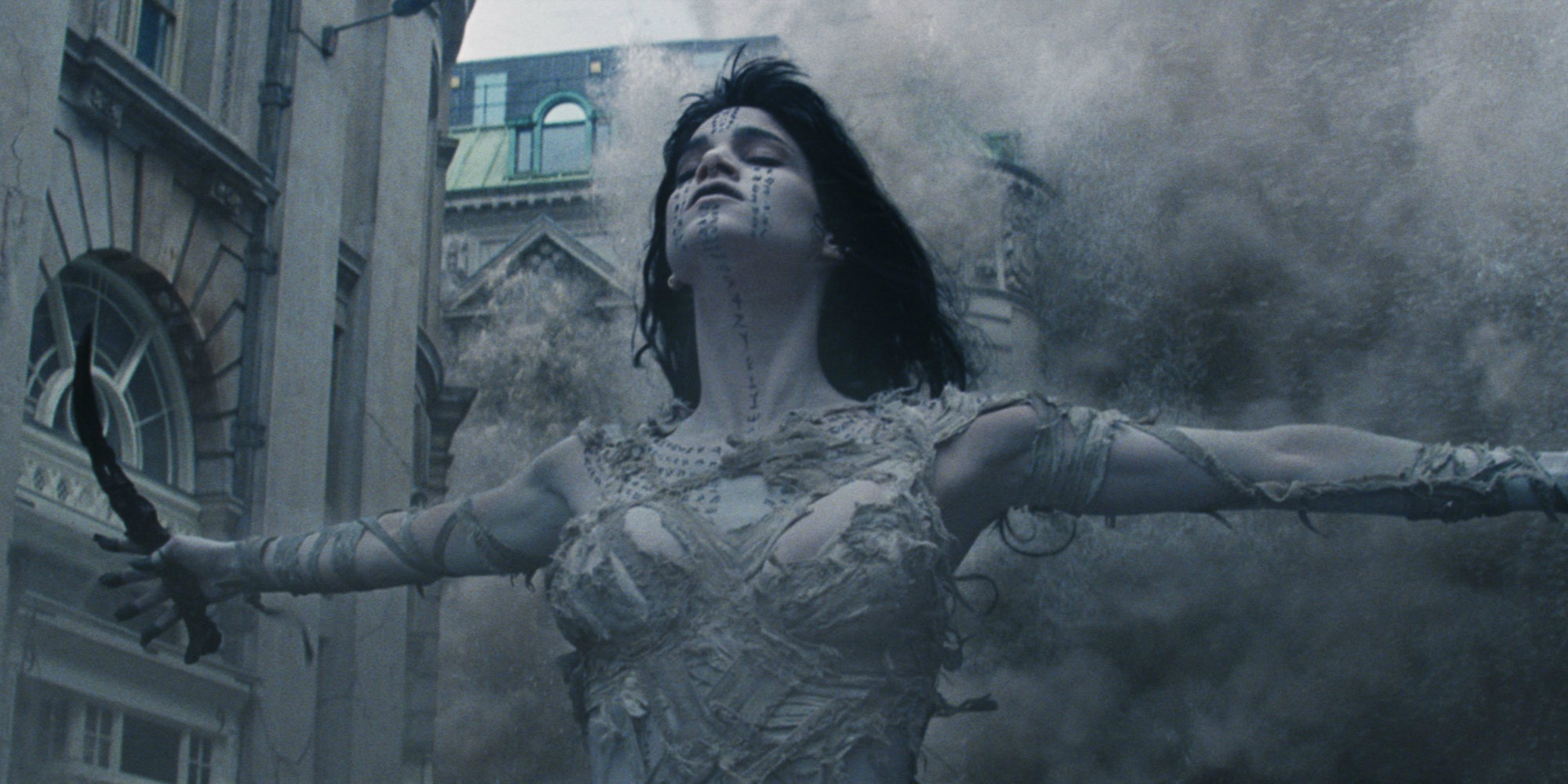 7. THE MUMMY   (Director: Alex Kurtzman)   A glimpse into what it might be like watching Tom Cruise direct, as he reportedly used his leverage to take over significant elements of the final product,  The Mummy  is the movie that killed the Universal Studios' Dark Universe before it ever got started. Cruise finds himself opposite Sofia Boutella in a silly, overlong, action/sci-fi/fantasy that has a half-dead Jake Johnson cracking jokes, Boutella all villainy, and Cruise completely overwhelmed by everything.