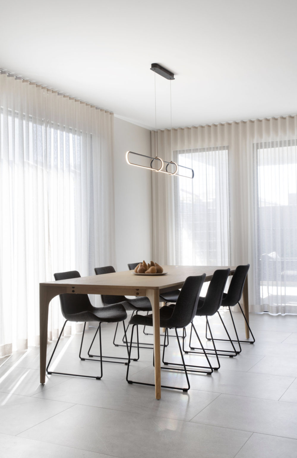 How To Choose The Perfect Dining Room Pendant Light — Zephyr + Stone