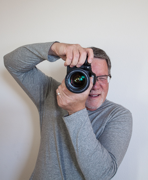 How to hold camera-8771