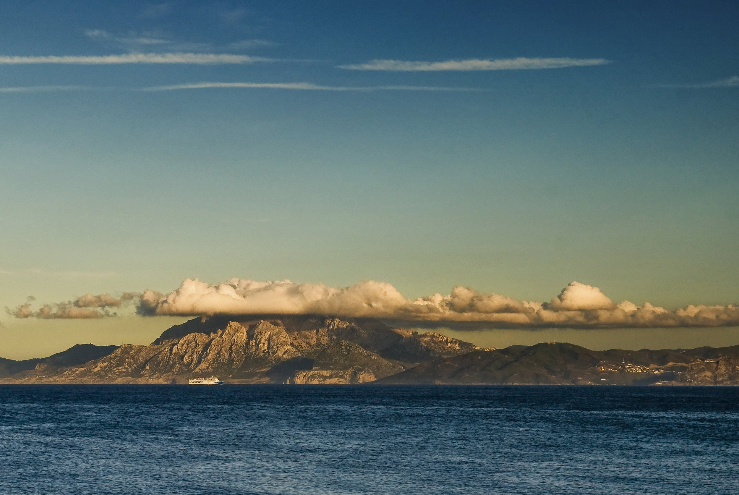Rif-mountains-from-tarifa.jpg
