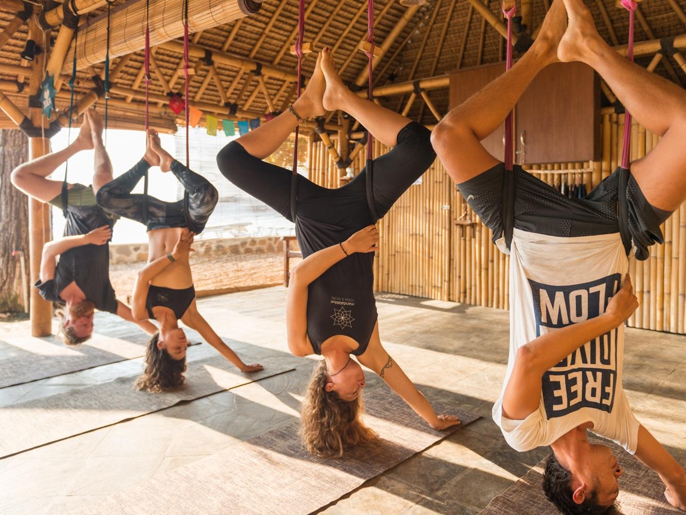 Mandalablue_yoga_beach_playa_tarifa_aerial_flyhigh.jpg