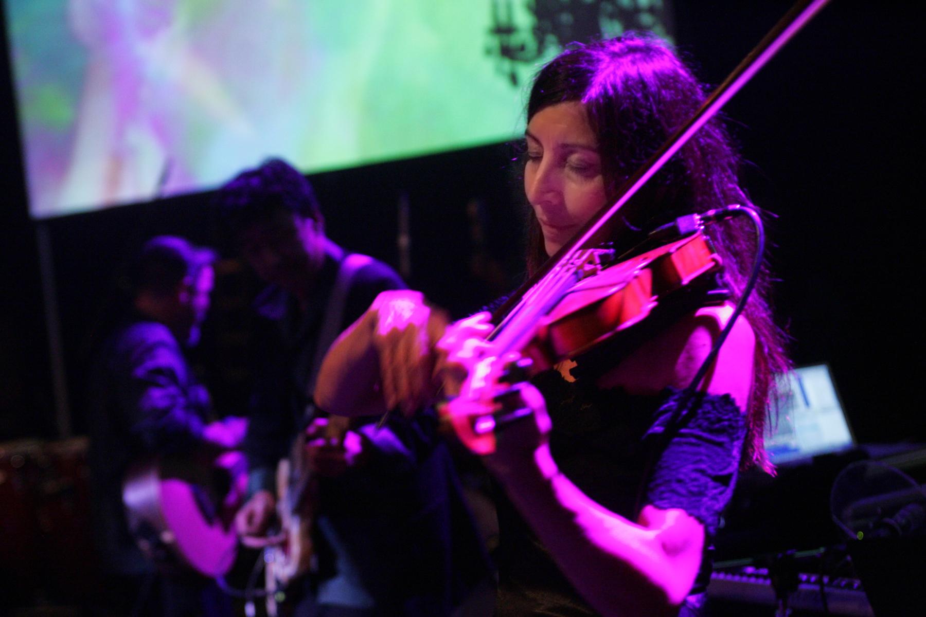 MusicHorizontal-15.jpg