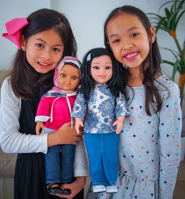 Selamat Datang Salam Sisters di Indonesia 💕🇮🇩 Now available across all stores at Toys Kingdom in Indonesia and you can also shop online at toyskingdom.co.id  #Empower #Inspire #DreamBig