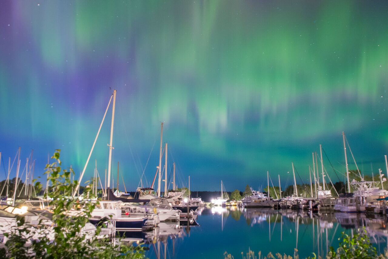 Northern Lights Landscape_preview.jpg