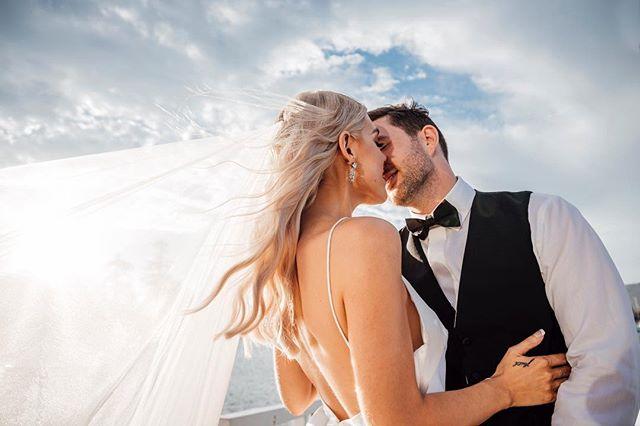 Slow motion, wind in hair kinda shot ✨💕 . . . . #byronbayweddings #destinationphotographer #bohobride #junebugwedding #hellomay #engaged #weddingphotographer #muse