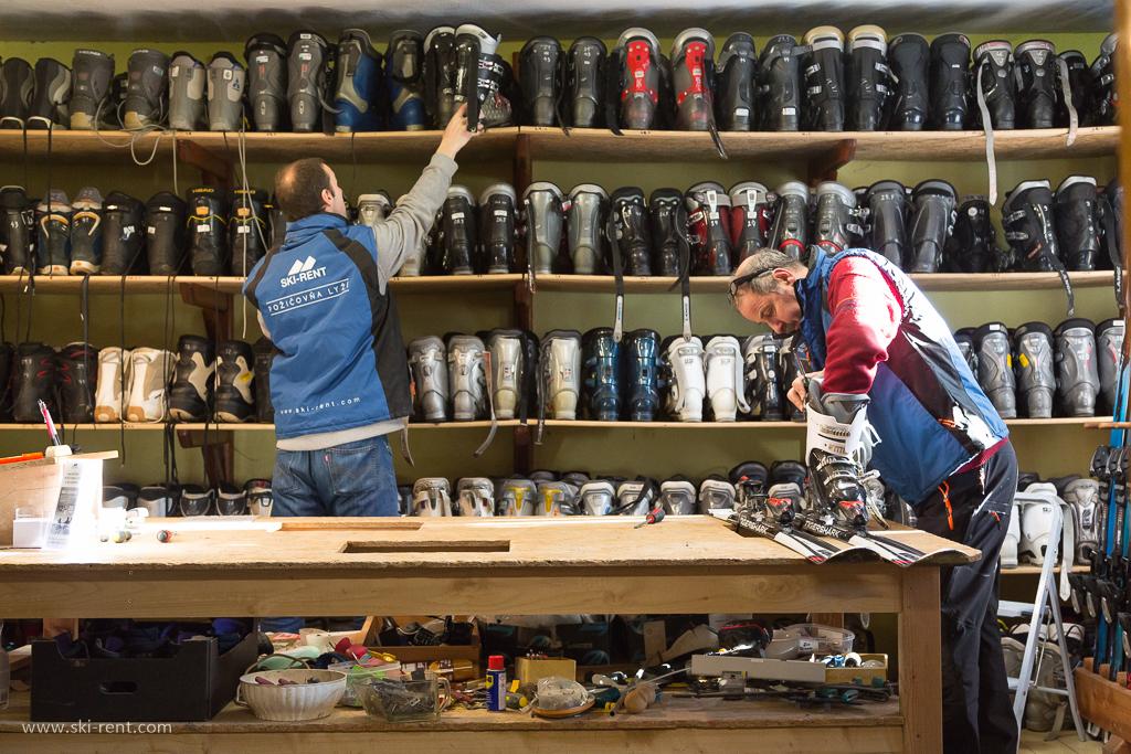 požičovňa lyží a snowboardov -