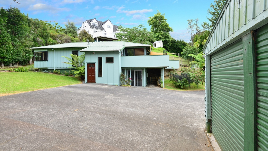 SOLD - 34 AWARUKU ROAD, TORBAY