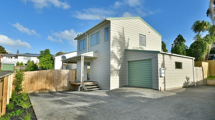 SOLD - 2/77 MARLBOROUGH AVENUE, GLENFIELD