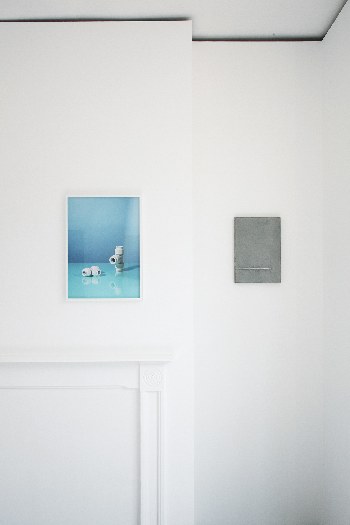 22mm/15mm, 2018 Unique Framed archival inkjet print  51 x 37 cm  Untitled, 2018 Concrete and steel  35.3 x 25 cm