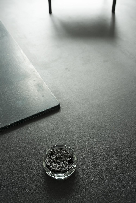 Ashtray, Pressurised soap  10.5 x10.5 x 3.3 cm