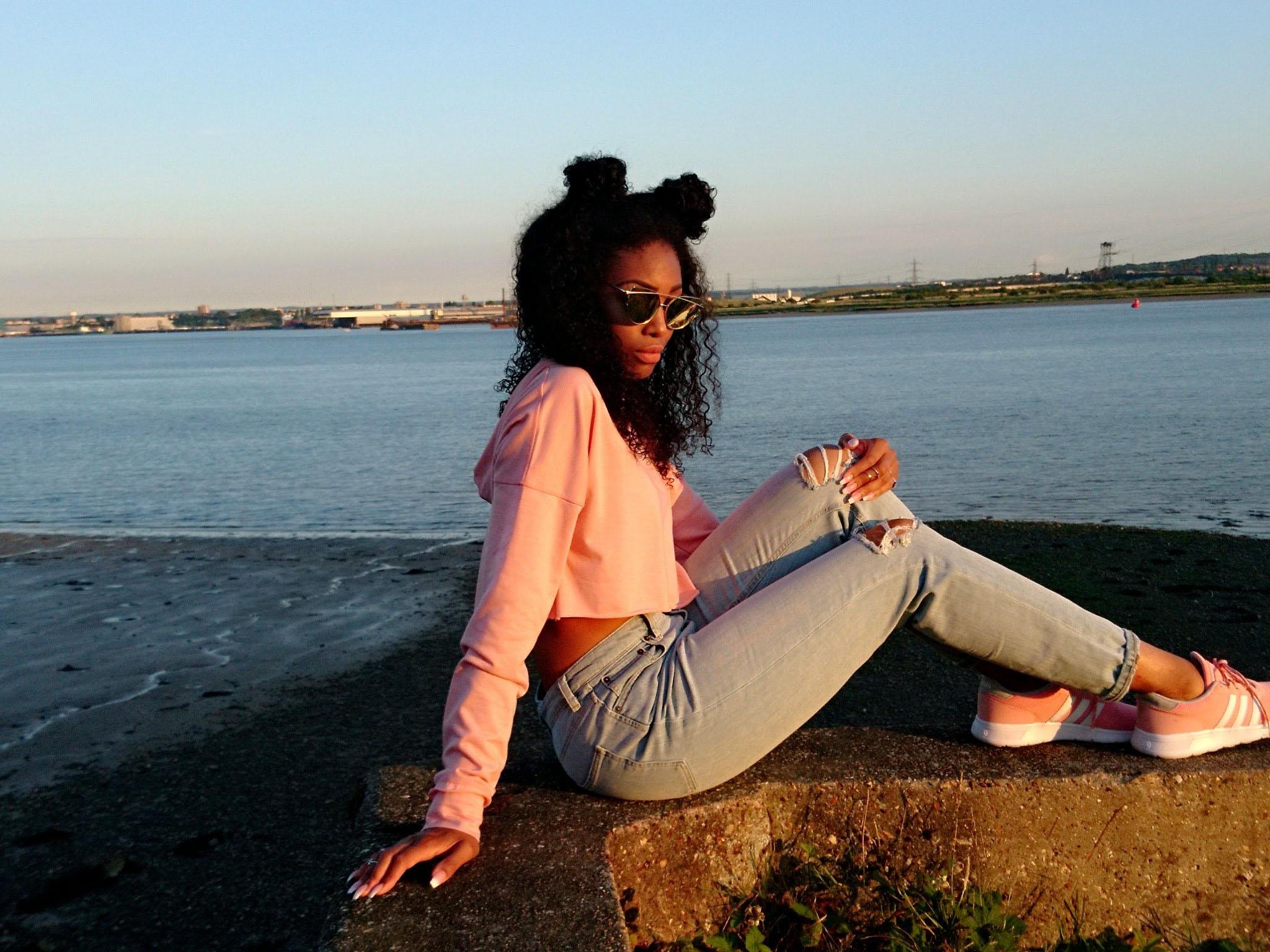 Cropped hoodie - Fashion Prescription    Jeans - ASOS    Trainers - Adidas    Sunglasses - Wish