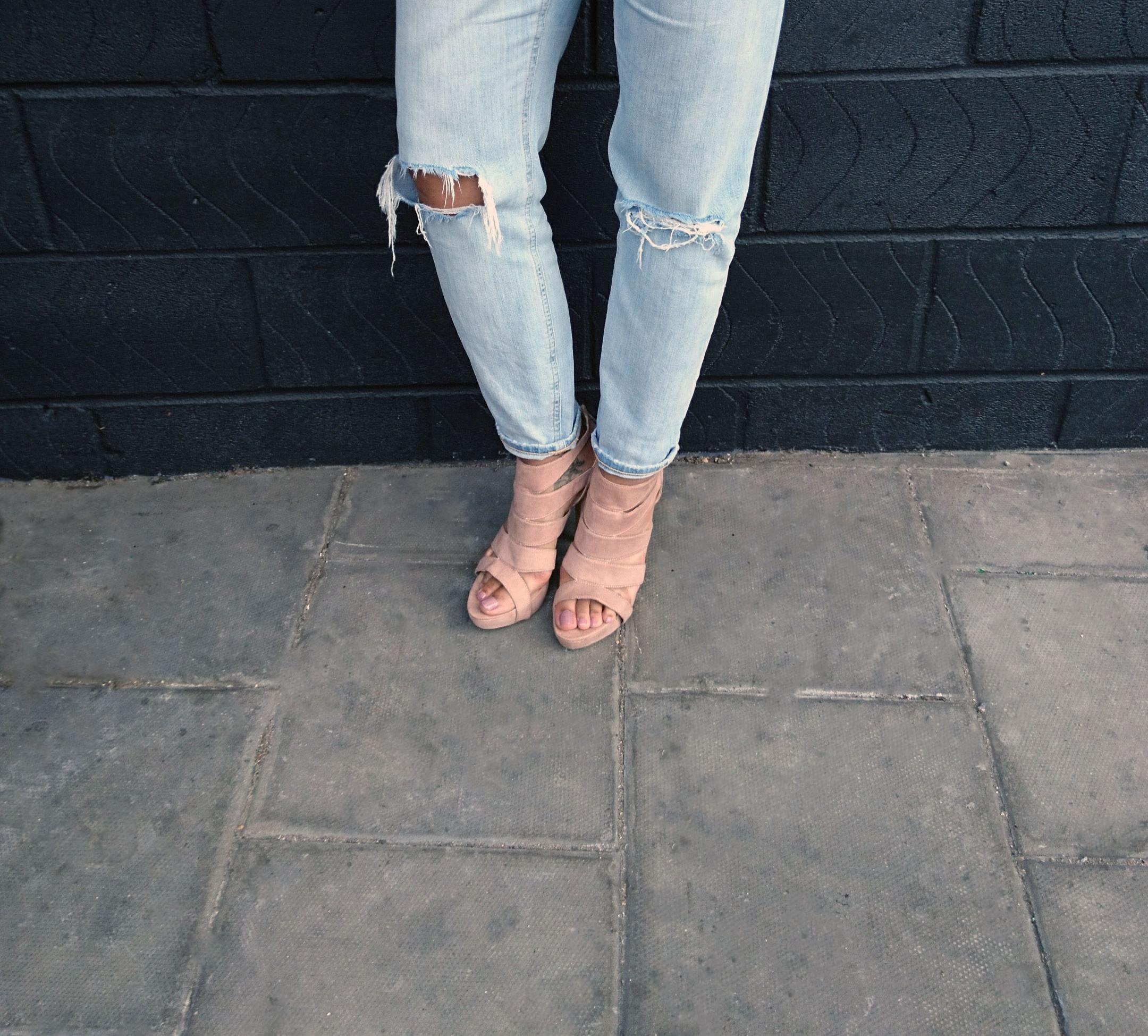 stonewash jeans blush shoes