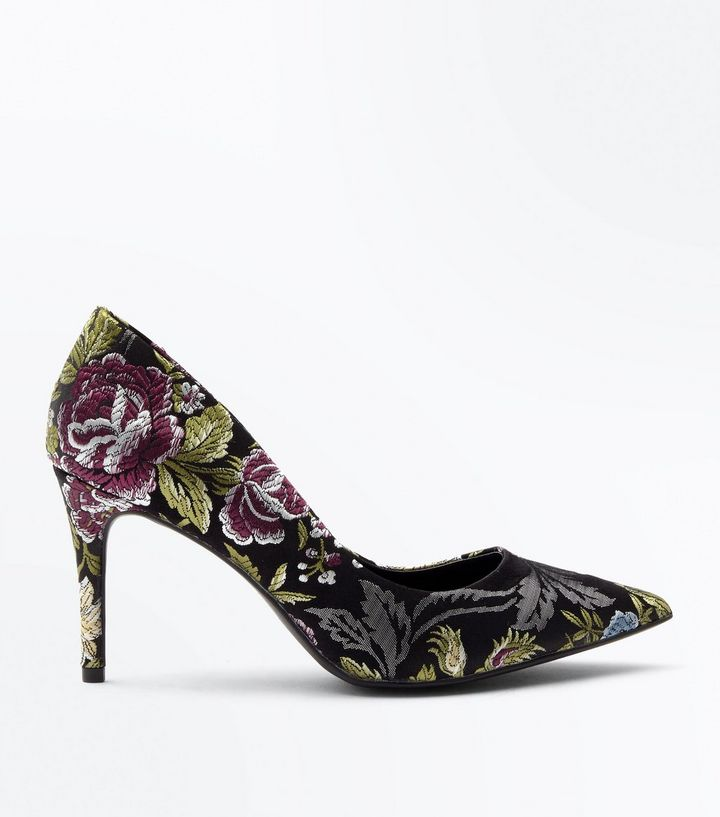 New Look Black Floral Jacquard Pointed Court Shoes.jpg