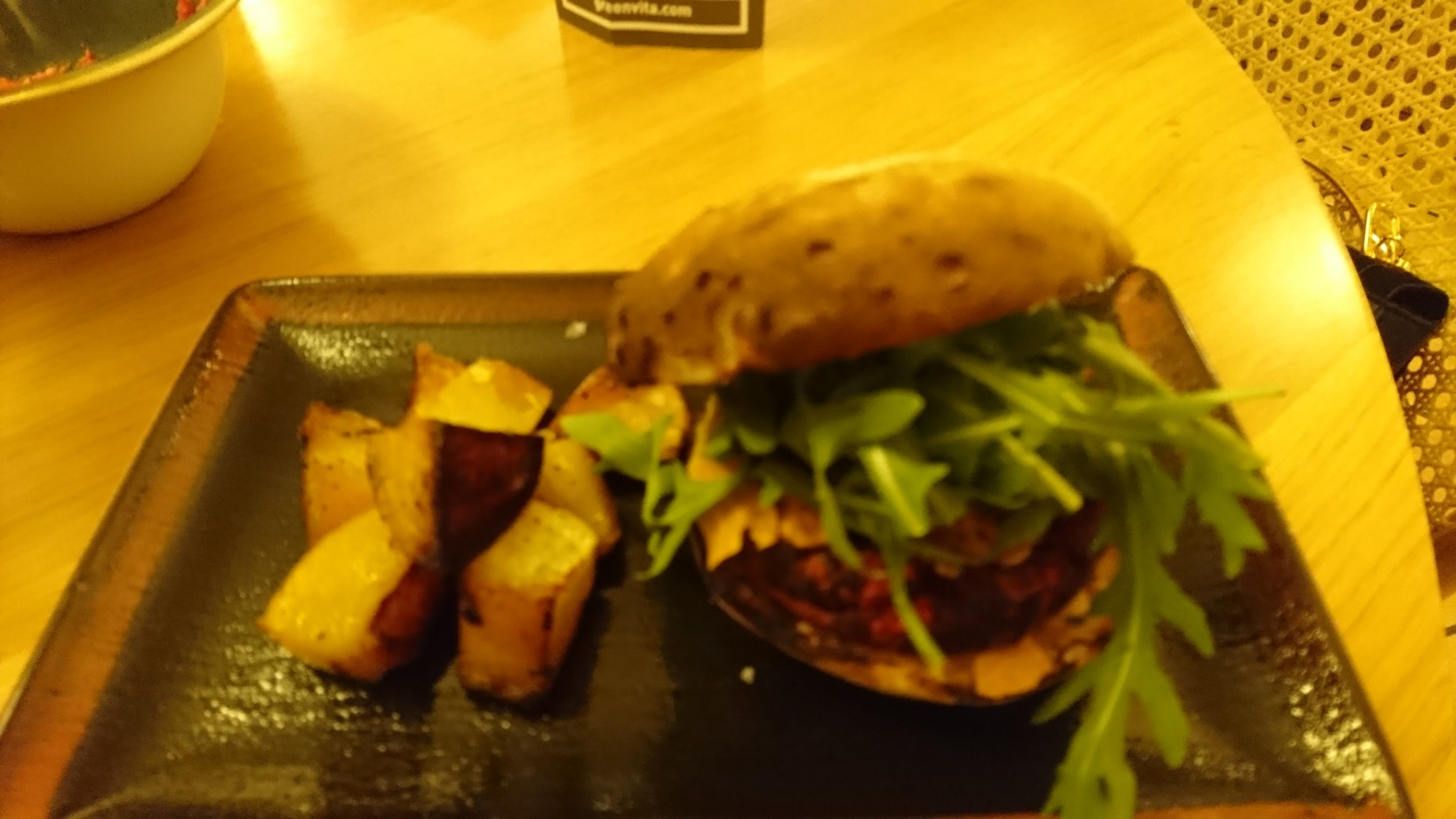 Green Vita Red Burger