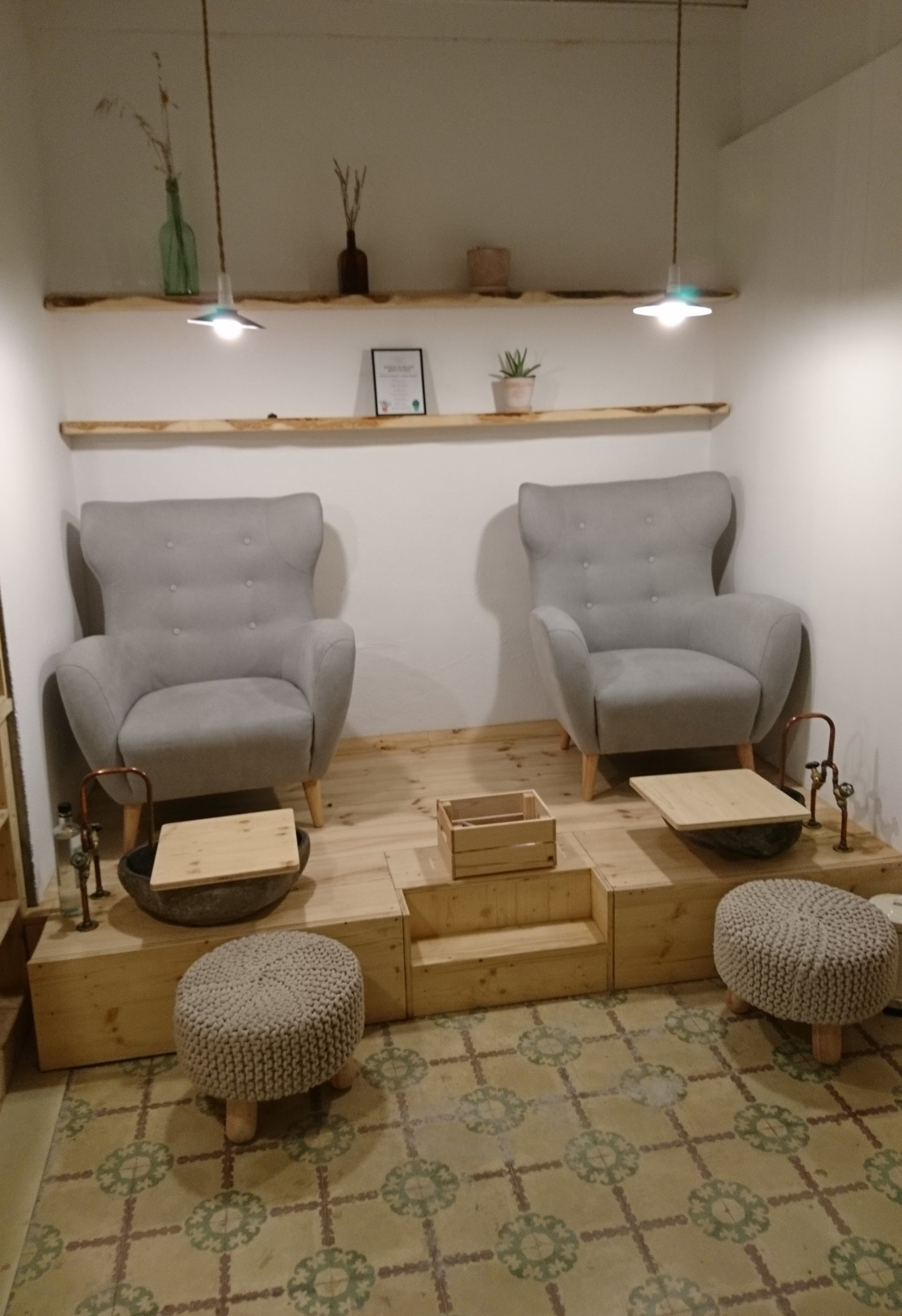 Vegere treatment chairs