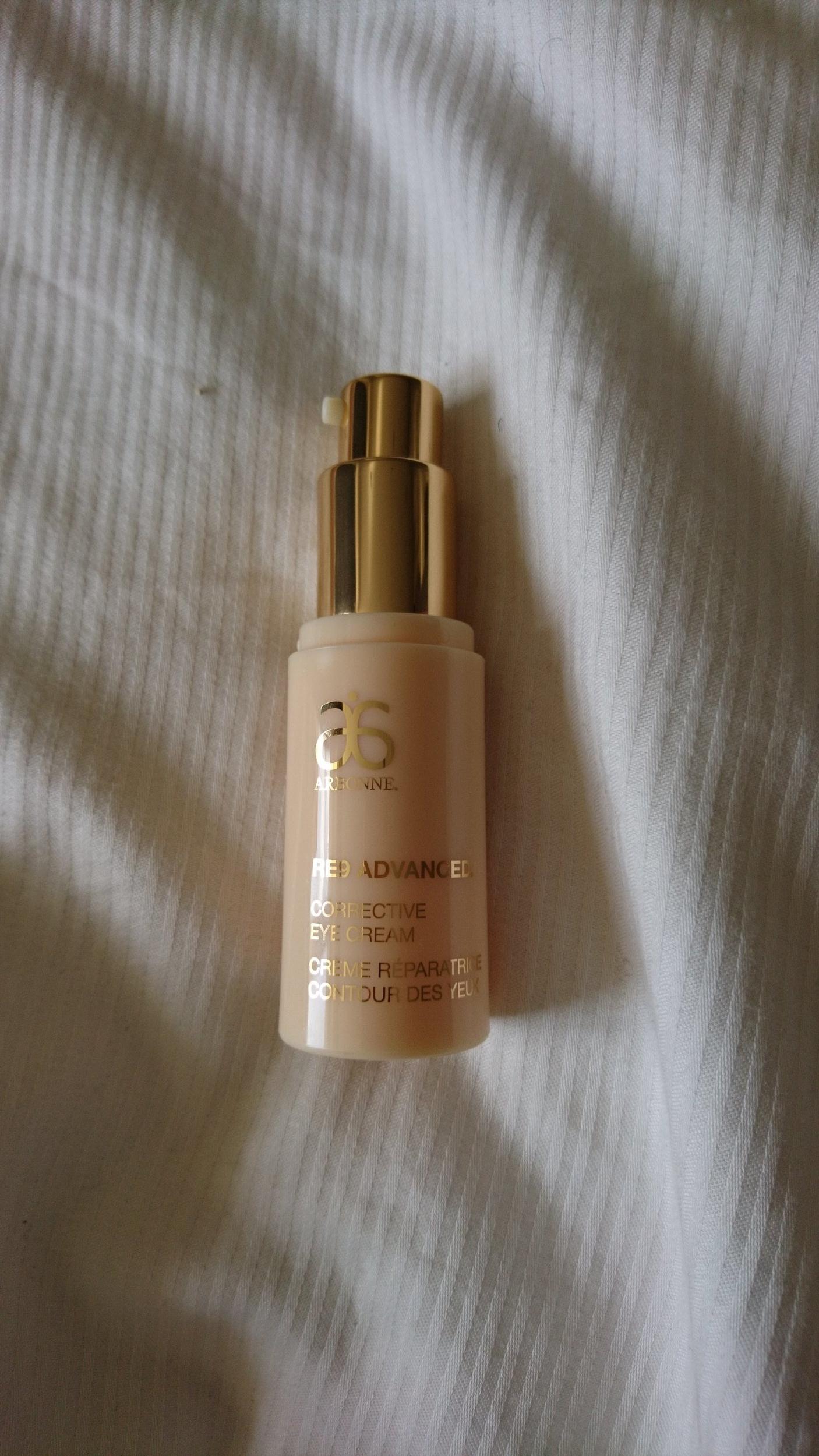 RE9 Corrective Eye Cream