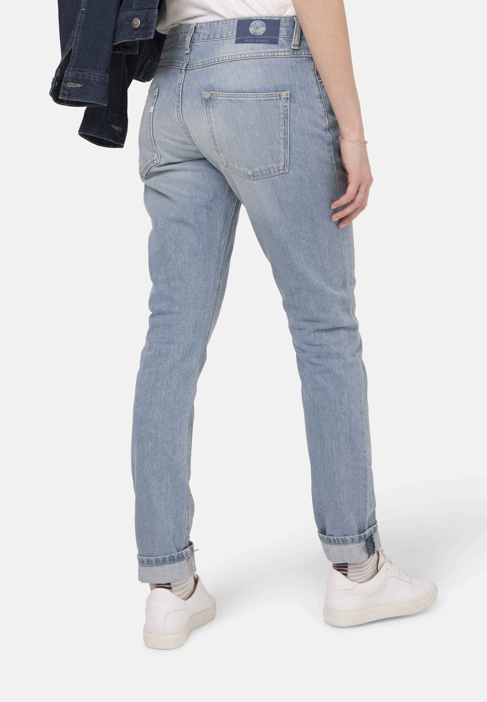 Mud Jeans woman boyfriend basin light stone jeans.jpg
