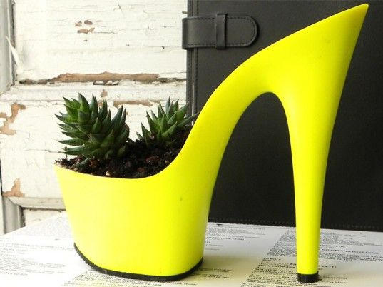 High-heel-mini-cactus-planter-1-200x150.jpg