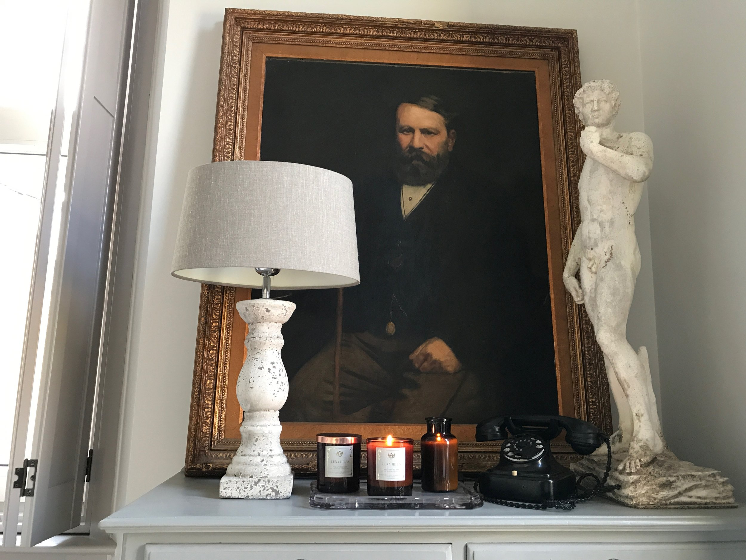 Vintage inspired artisan candles - Turn back time to life at a slower pace, with quality, pride and craftsmanship as standard. The essence of life and aroma captured in a candle.