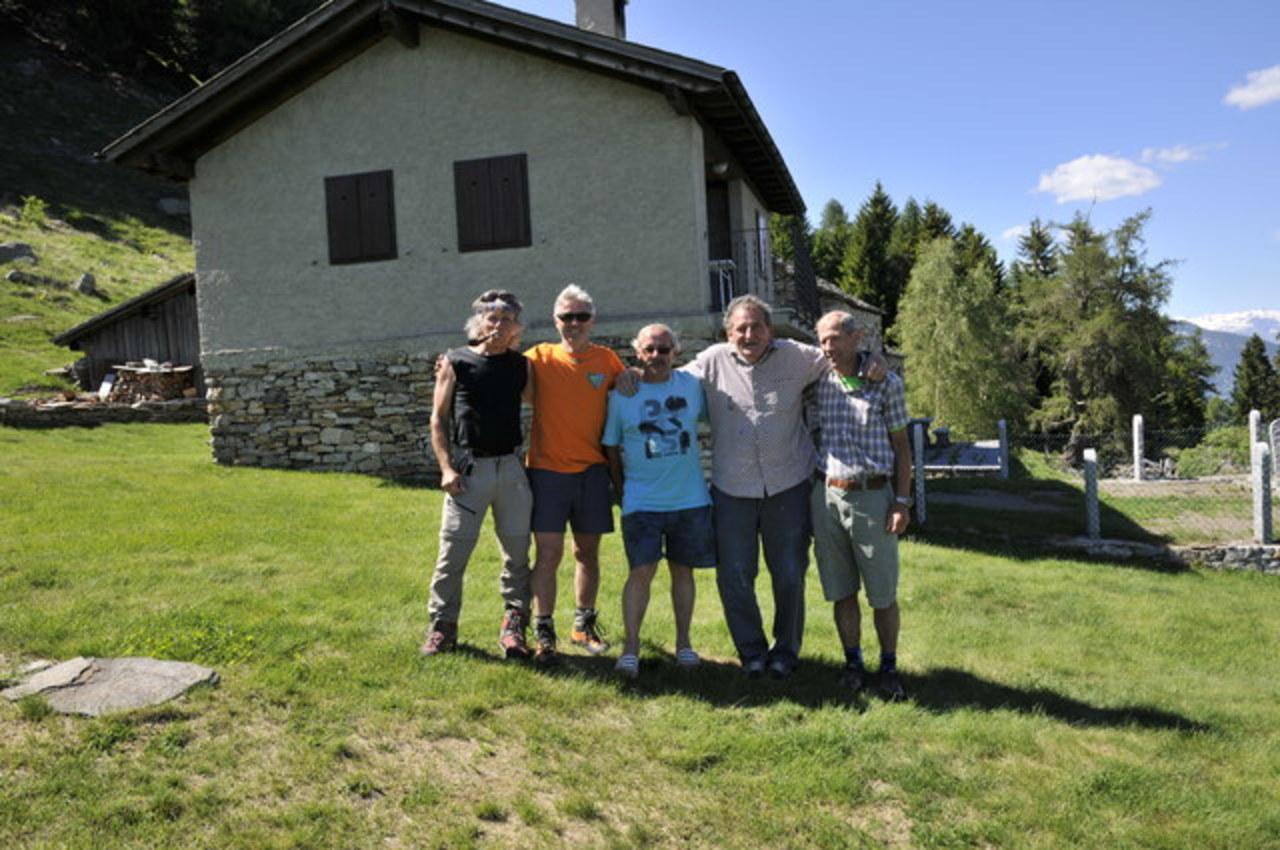 11.06.17 Marcatura sentiero Lodrino - Lavertezzo -