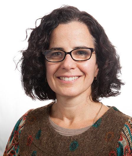 Julita Mir, MD    Chief Medical Officer
