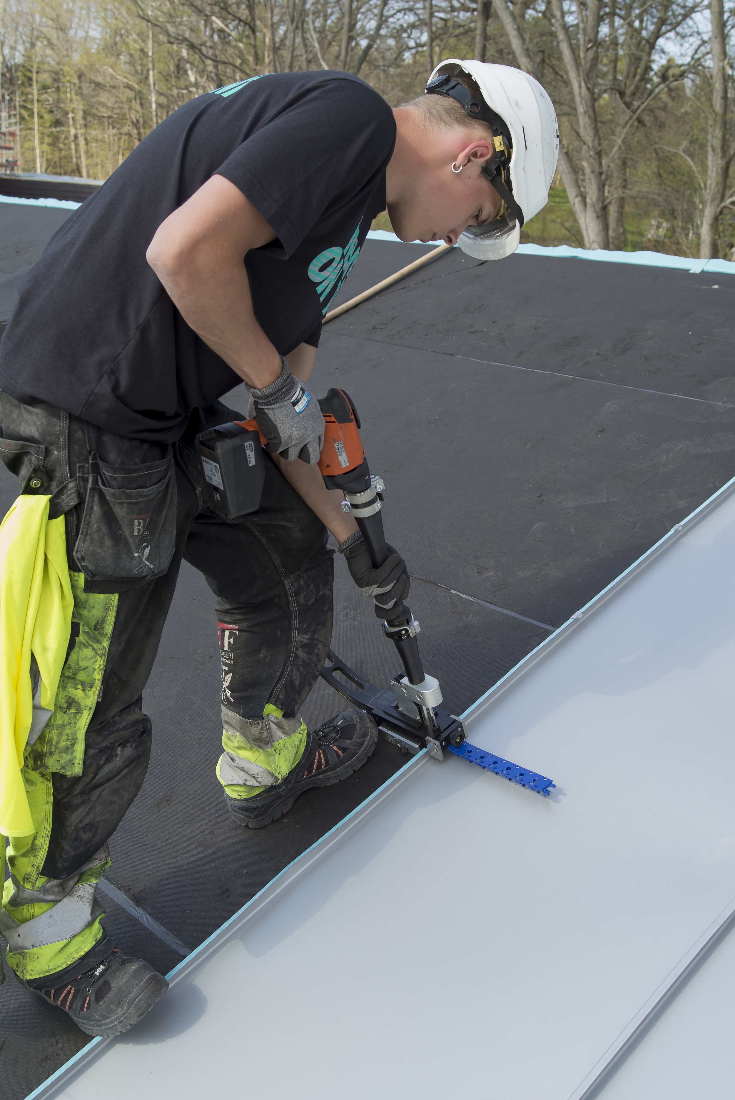 Zinc Roof Installation - Use a skilled zinc roof installer to ensure a high end finish