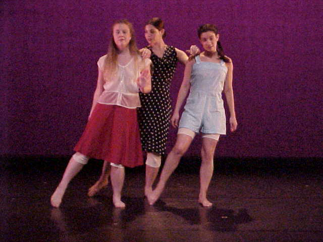 girlsdance.jpg