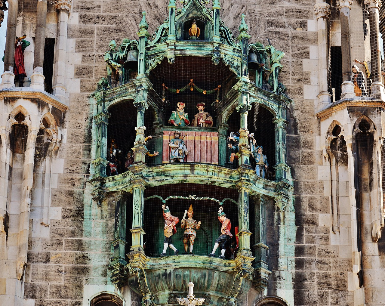 The Munich Glockenspiel.  Source: Pixabay