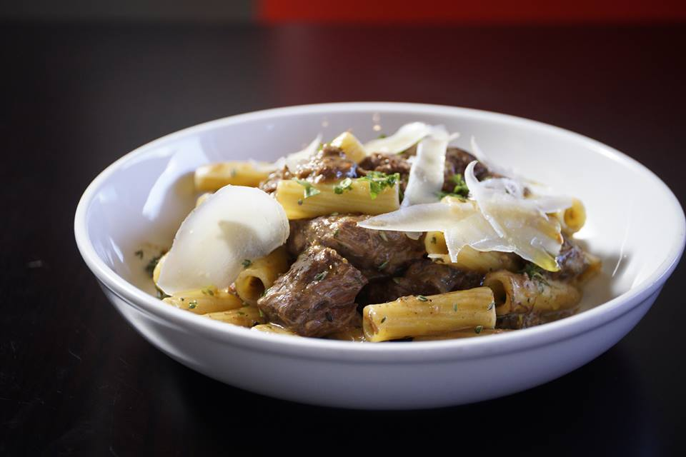 Mouth-watering Chianti Braised Beef Rigatoni!